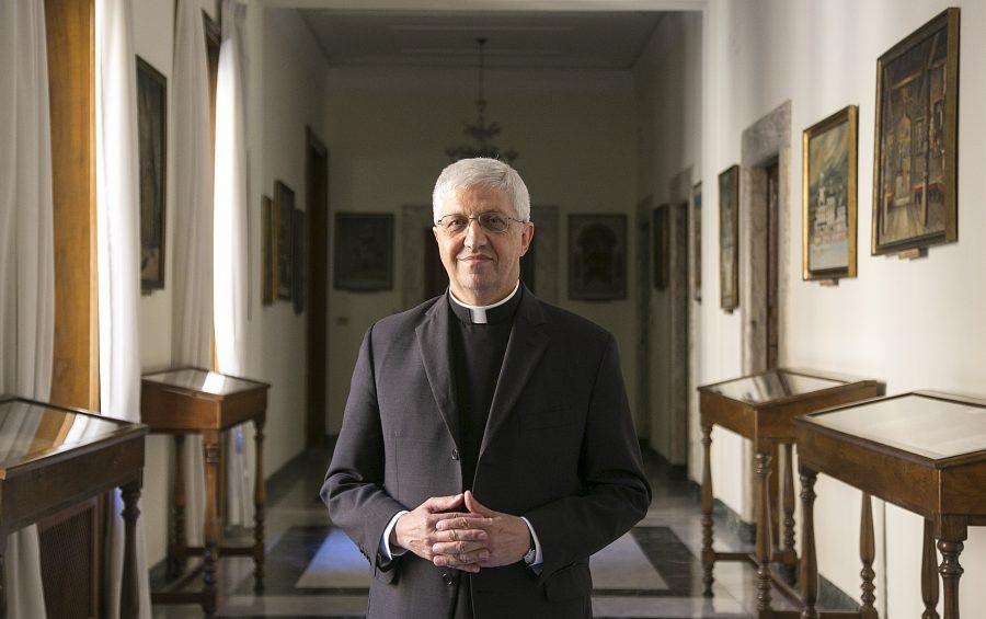 Roma, 29-08-2014.  Sede della Congregazione delle Chiese Orientali.  Monsignor Maurizio Malvestiti.