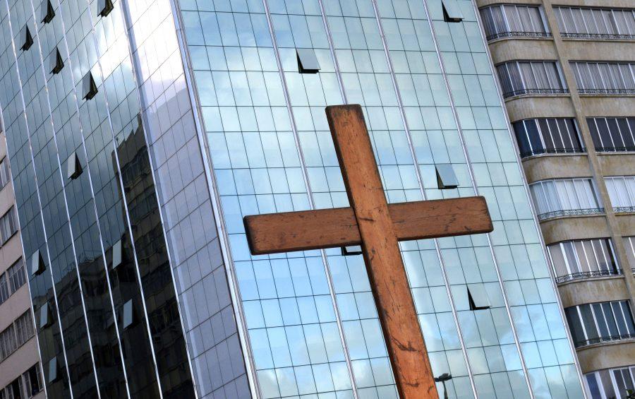 Rio De Janeiro - Brasile, 26 Luglio 2013 Gmg - Giornata Mondiale della Gioventù Lungo il mare di Copacabana Papa Francesco partecipa alla Via Crucis e alla preghiera.