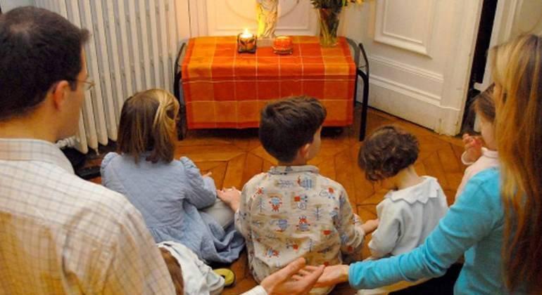 Pregare in famiglia nella VI Domenica di Pasqua