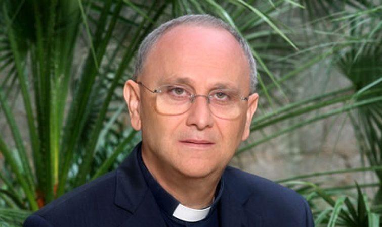 Mons. Angiuli: ripartire dalla parrocchia, comunità educante