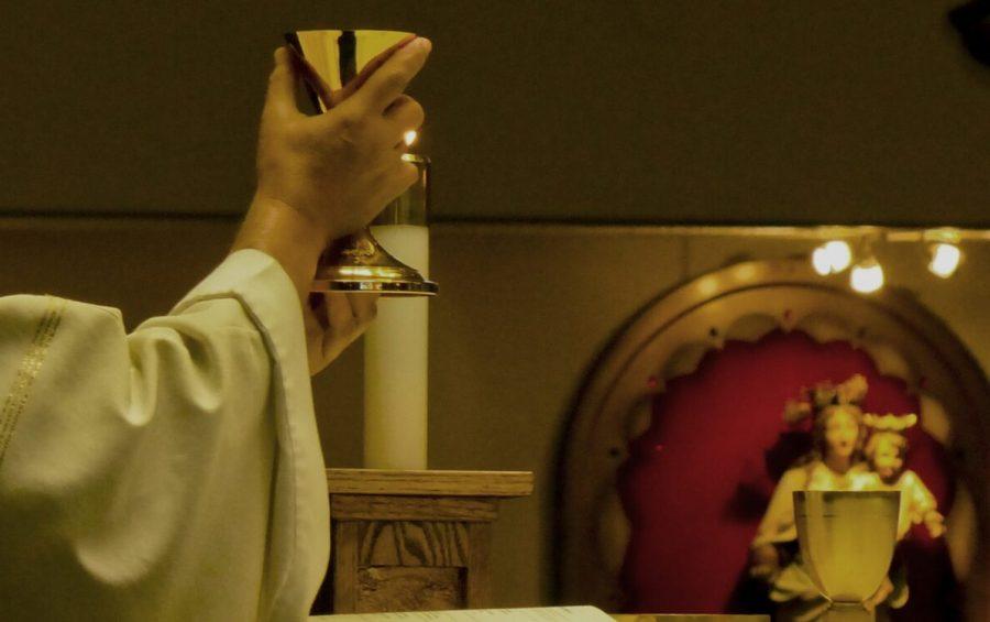 Domenicail card. Zuppi celebra la Messa in diretta dalla Basilica di Santo Stefano