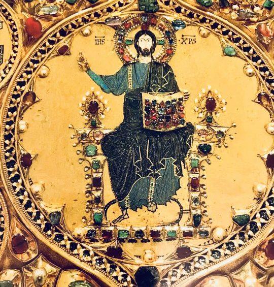 Mons. Moraglia: in Gesù risorto si torna a vivere; questa certezza deve guidarci nei giorni segnati dal lutto
