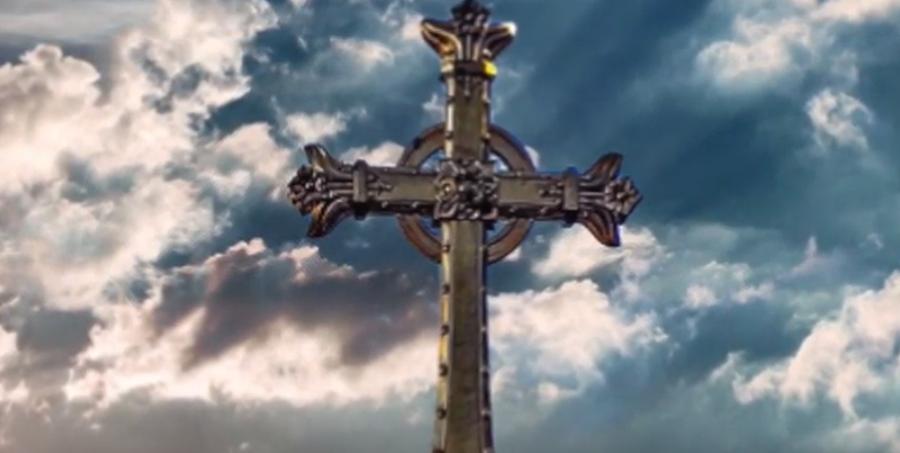 Mons. Pennisi: la Croce non è il segno della maledizione ma della gloria