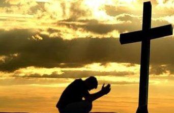 mons. Lovignana: vivere questi giorni con fede e raccoglimento