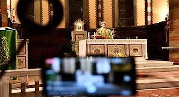 La Messa in diretta televisiva