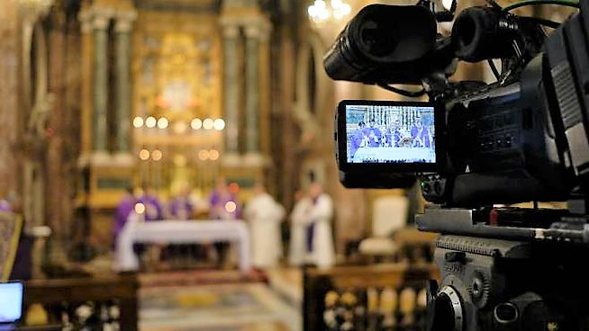 Proseguono le celebrazioni in diretta tv e in streaming