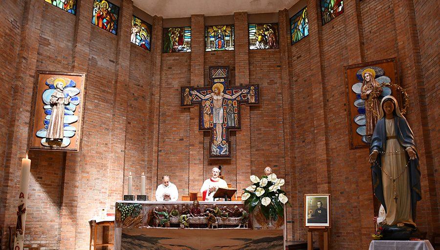 Mons. Boccardo: vicini alla comunità di Bastardo per la costruzione della nuova chiesa