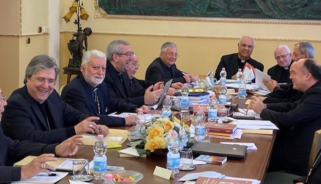 I vescovi calabresi: guardare alla famiglia come fulcro della società