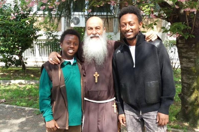 """I Frati Cappuccini Missionari: """"non lasciamo soli chi crea lavoro e sfama i poveri"""""""