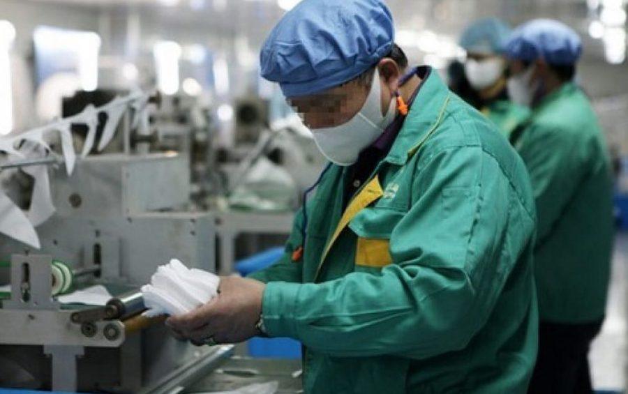 Mons. Nosiglia al mondo del lavoro: più poveri ma necessariamente più solidali