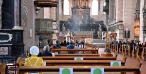 Celebrazioni liturgiche con il popolo. Le disposizioni di mons. Lorefice