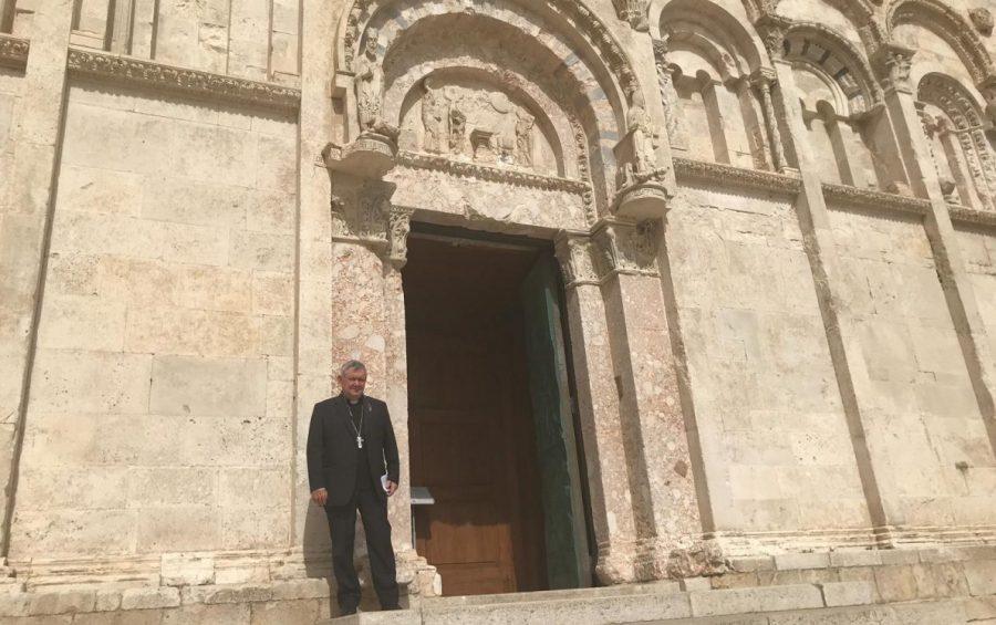 """Mons. De Luca: """"A Messa, finalmente!"""""""