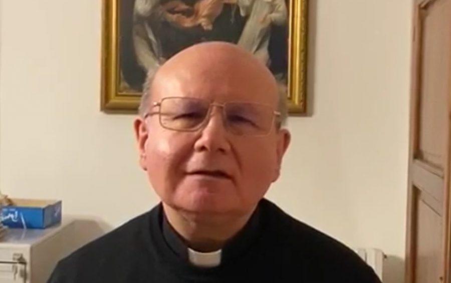 Mons. Sorrentino: ripartiamo con entusiasmo nel rispetto delle regole