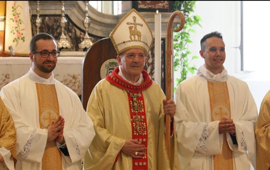 """Mons. Pellegrini: """"non siate preti brontoloni, state con la gente"""""""